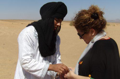 Article : Laila Lahlou, la voix de Télé Maroc au Sahara
